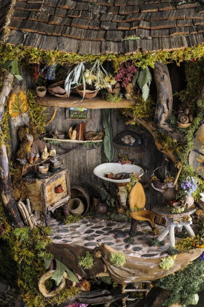 09 Weirdly Strange Fairy Garden Idea Miniature Garden Ideas Homebnc